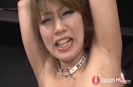 Японочку в фиолетовых чулках мужик трахает секс игрушкой №5