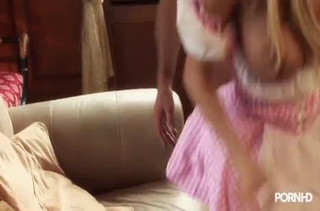 Беловолосая сучка Стейси Саран обожает жесткие оргии №6