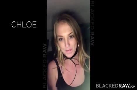 Выпившая блондинка попробовала секс с негром №1